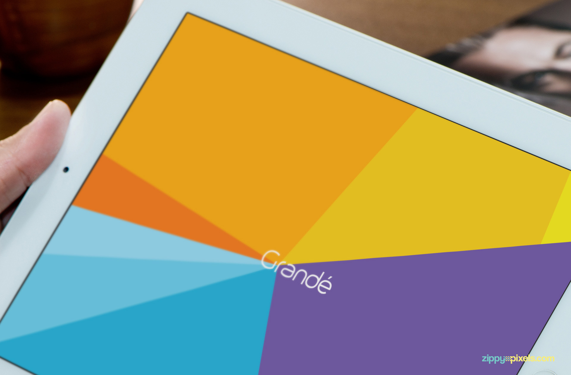 Free-iPad-Mockup-01-824x542