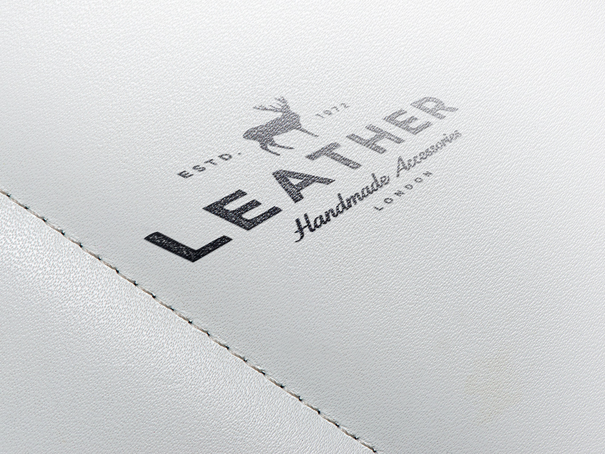 leather-logo-mockup-230514989-min