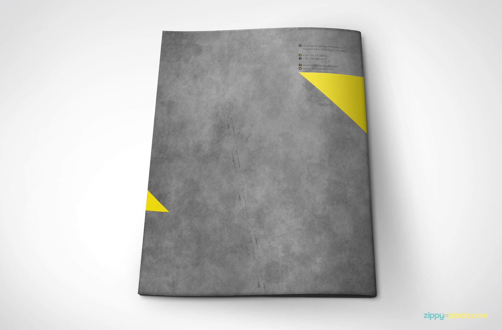 04-brand-book-7-back