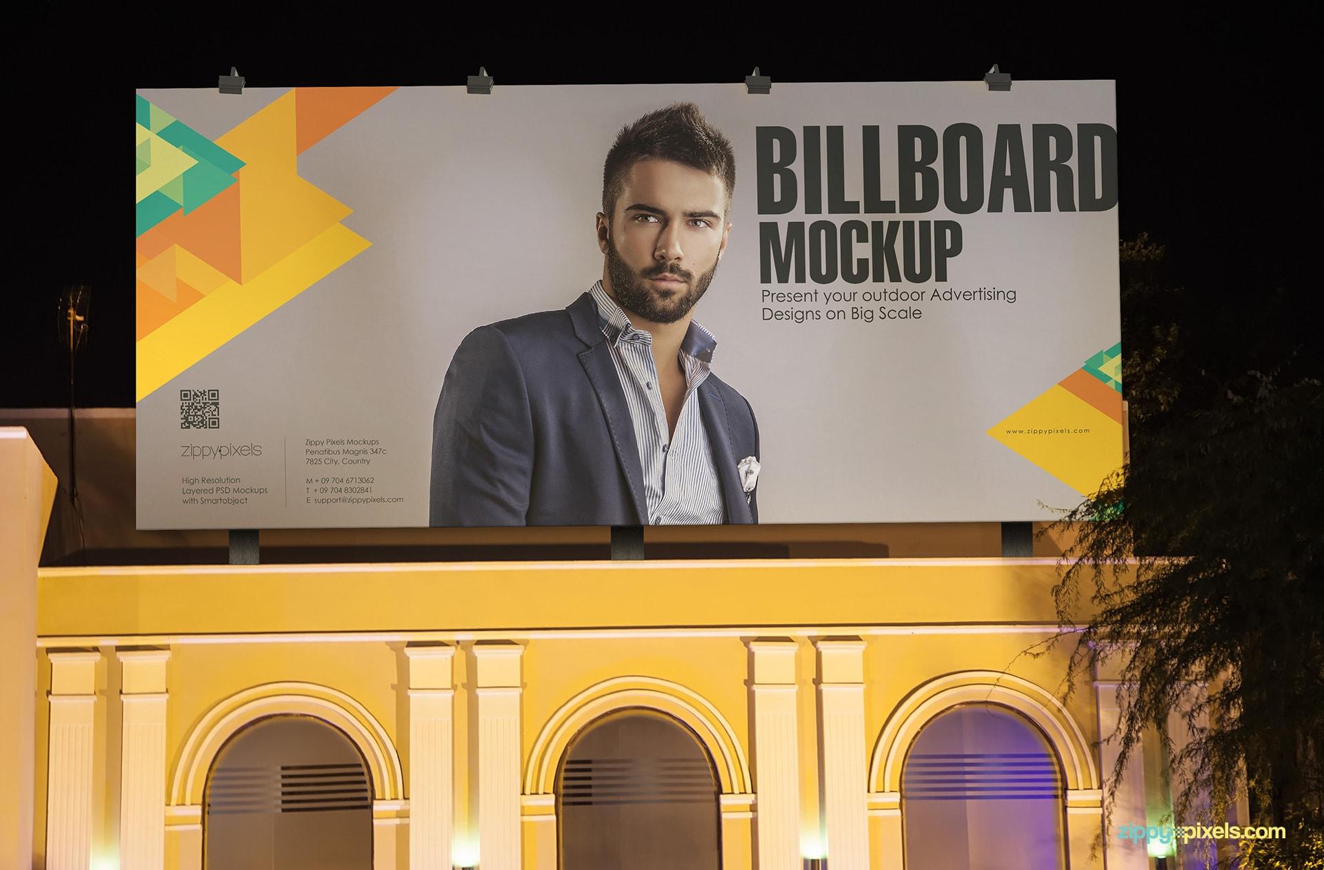 Billboard Mockup PSD - Beautiful lighted billboard in the dark night