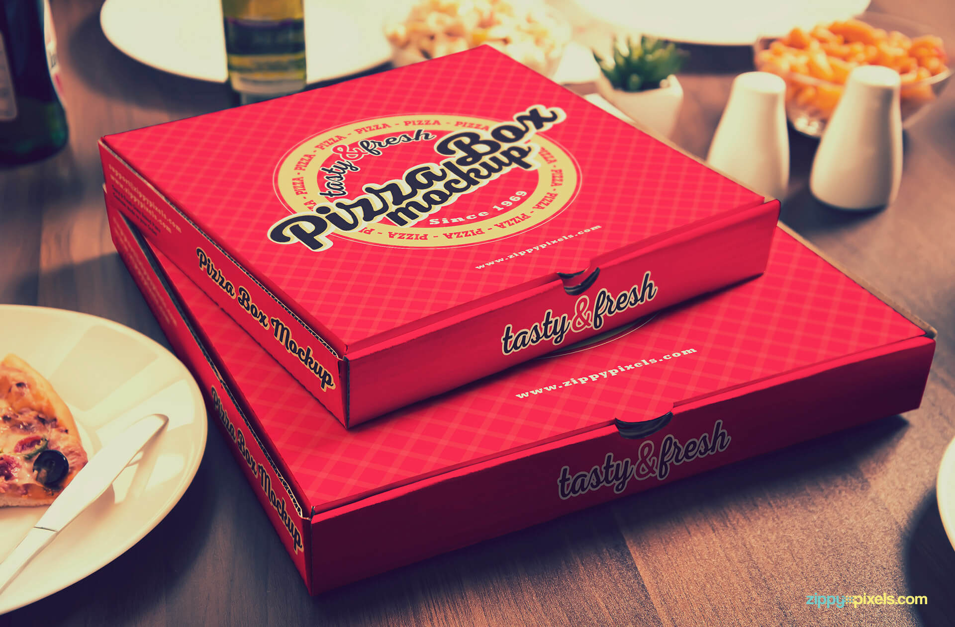 Pizza box branding mockups.