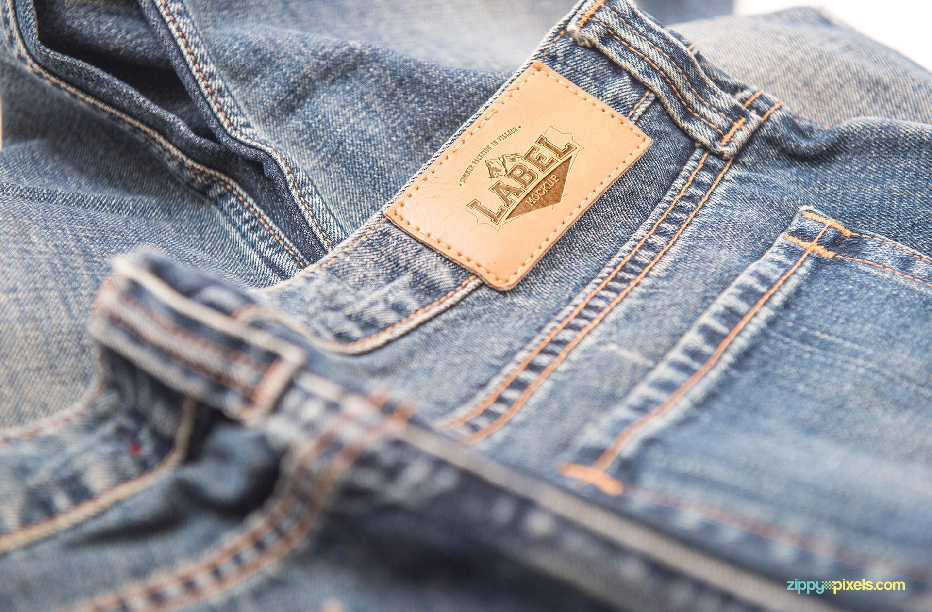 02-jeans-label-mockup-824x542