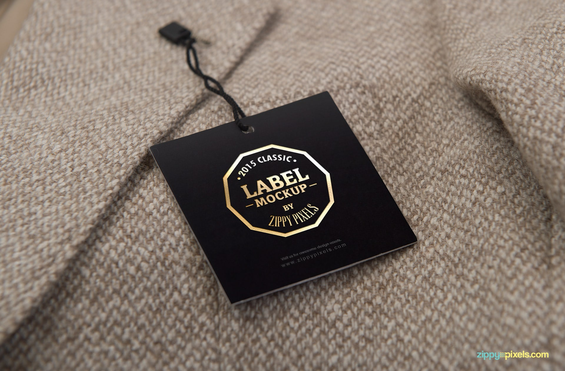 07-embroidered-tag-mockups-824x542