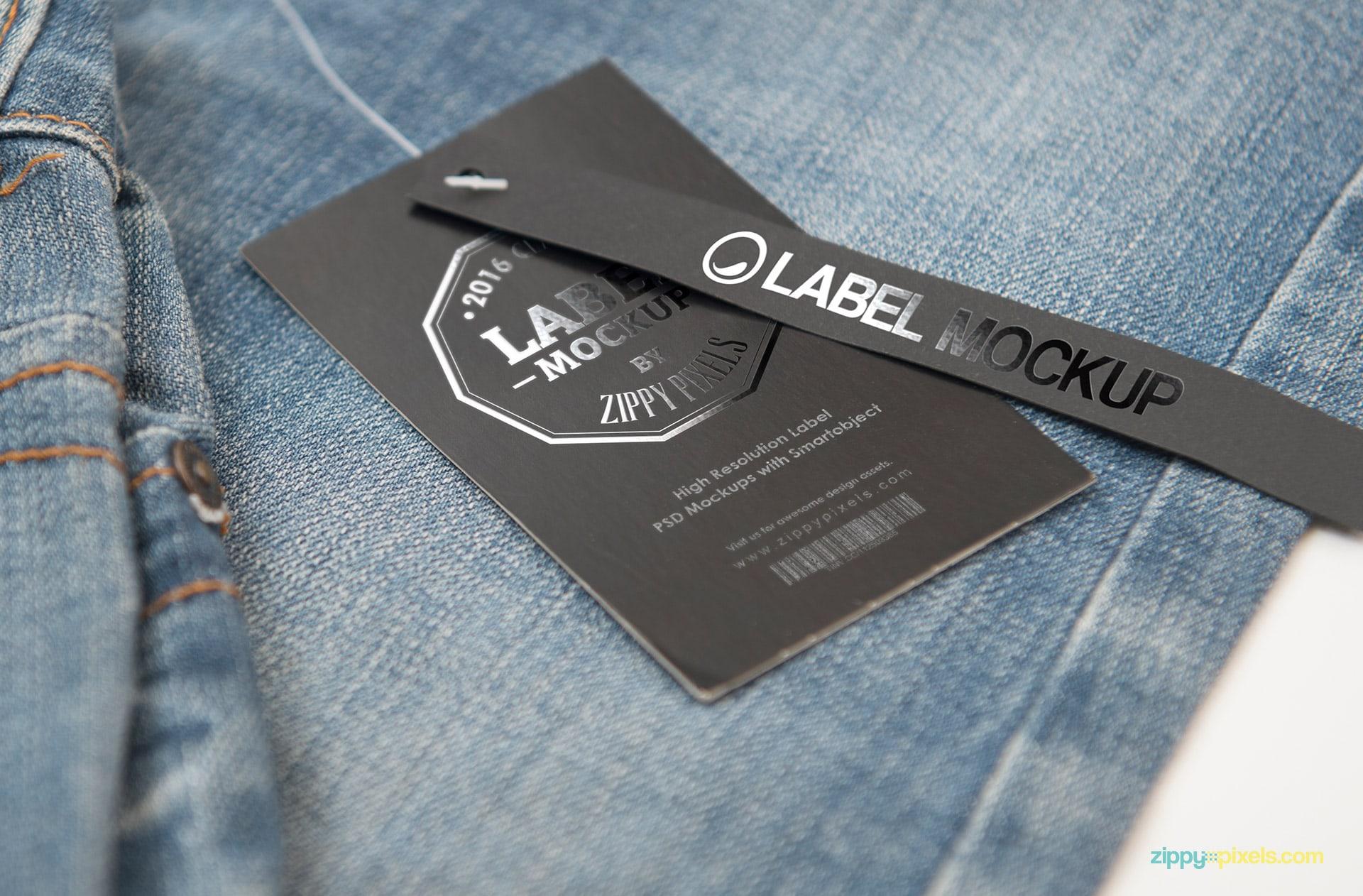 13-product-tag-mockup-824x542