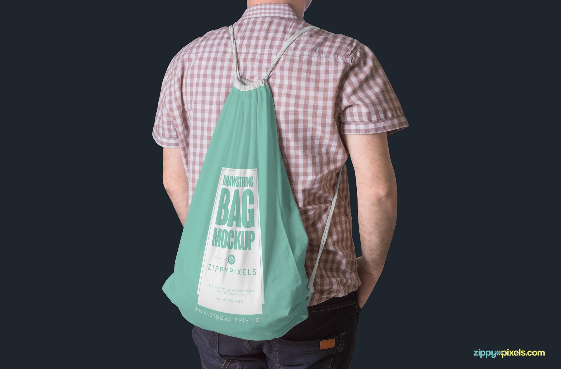 drawstring-bag-hanging