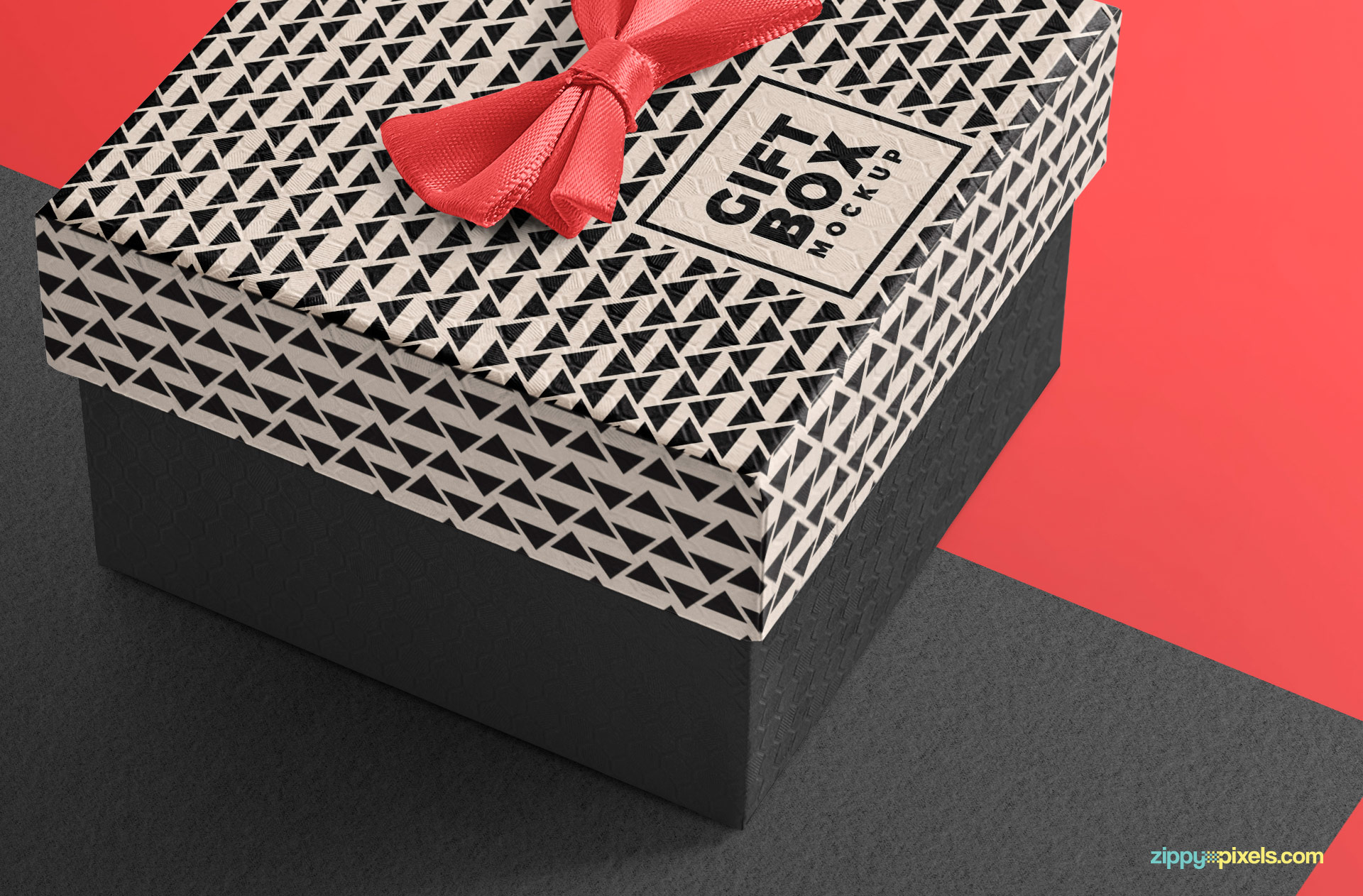 The fine texture on gift box to make your designs realistic.