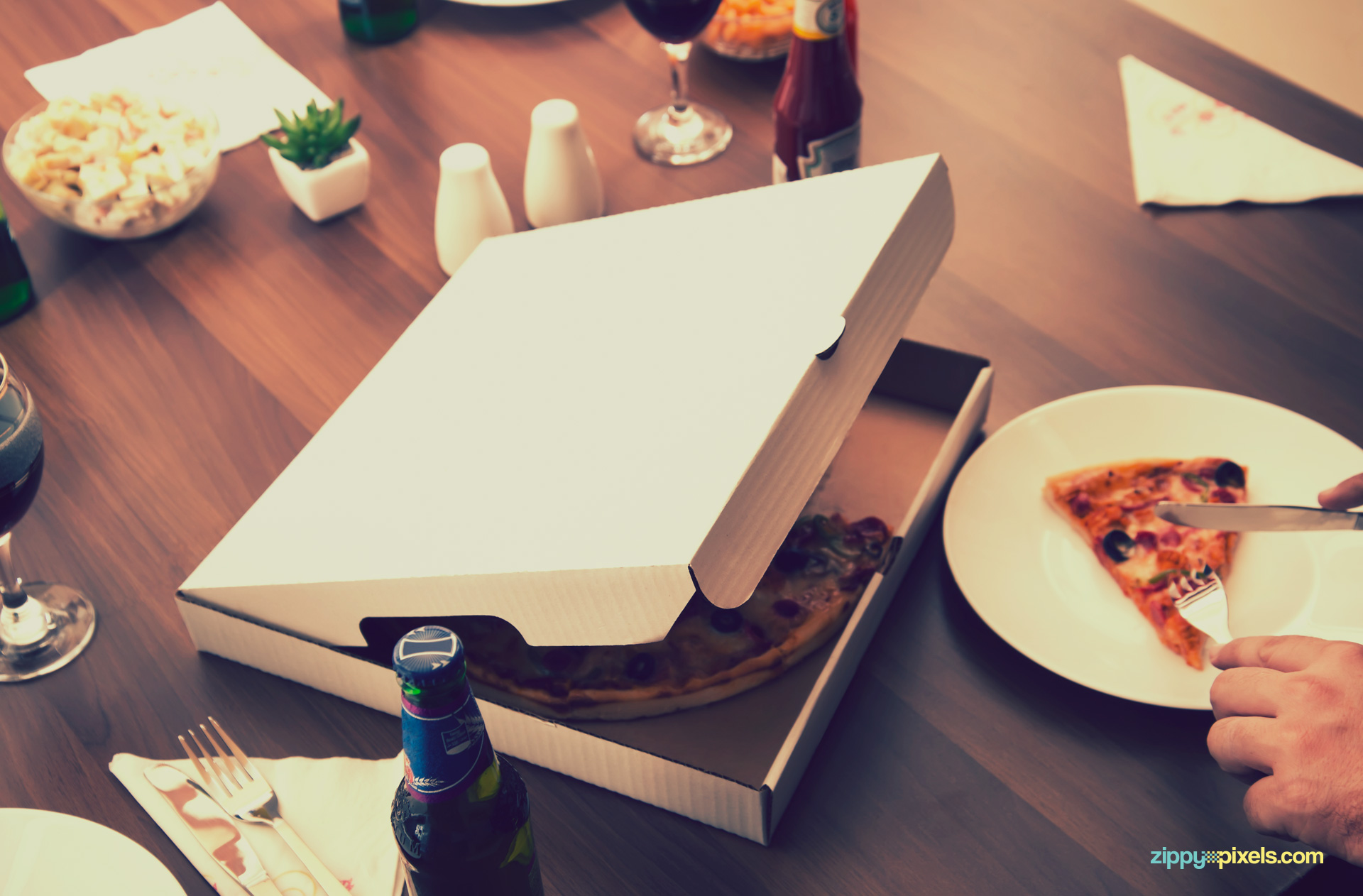 Every part of this pizza box mockup PSD is customizable.