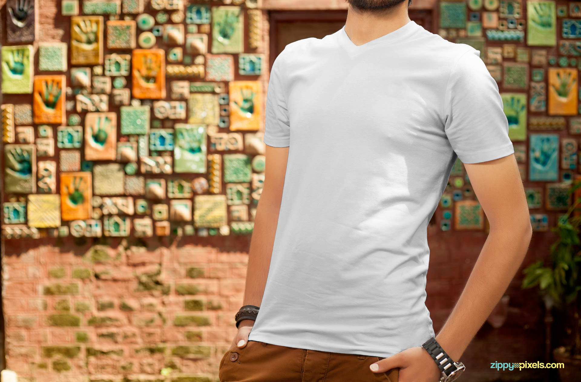 Customize this plain t-shirt mockup PSD as per your liking.