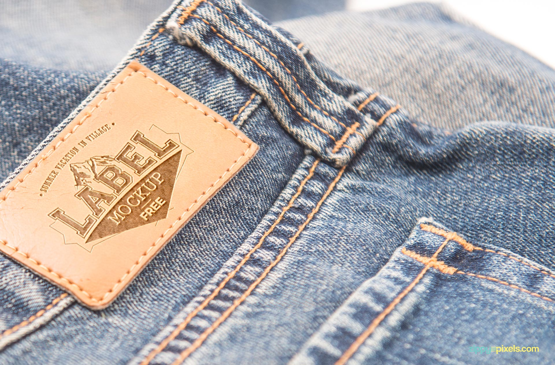 Zoom in view of the free jeans label mockup.