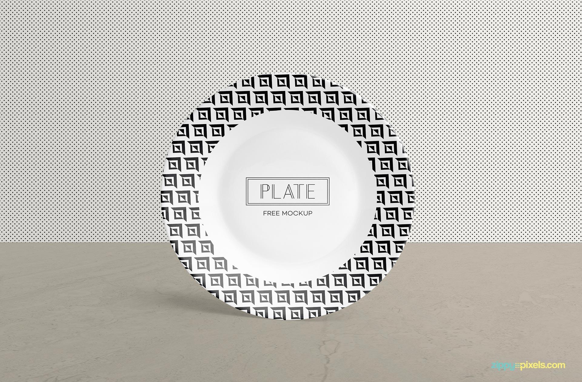 Free plate mockup.