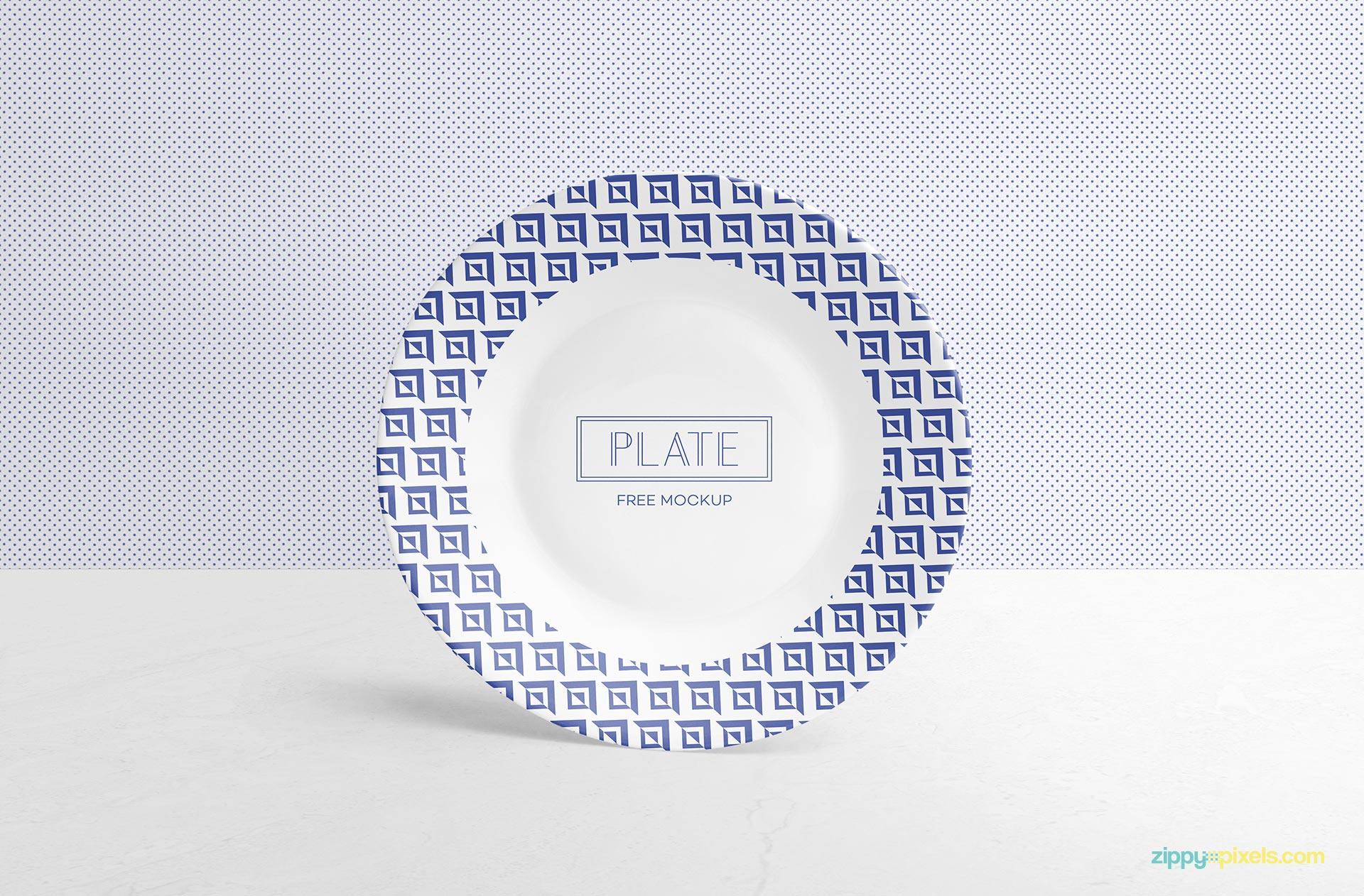 Fully customizable dinner plate mockup.