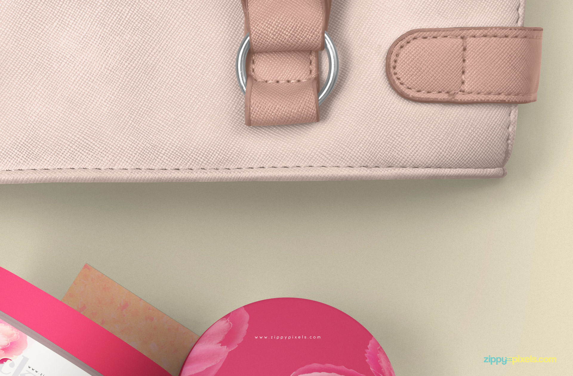 Adjust the color of the ladies bag.