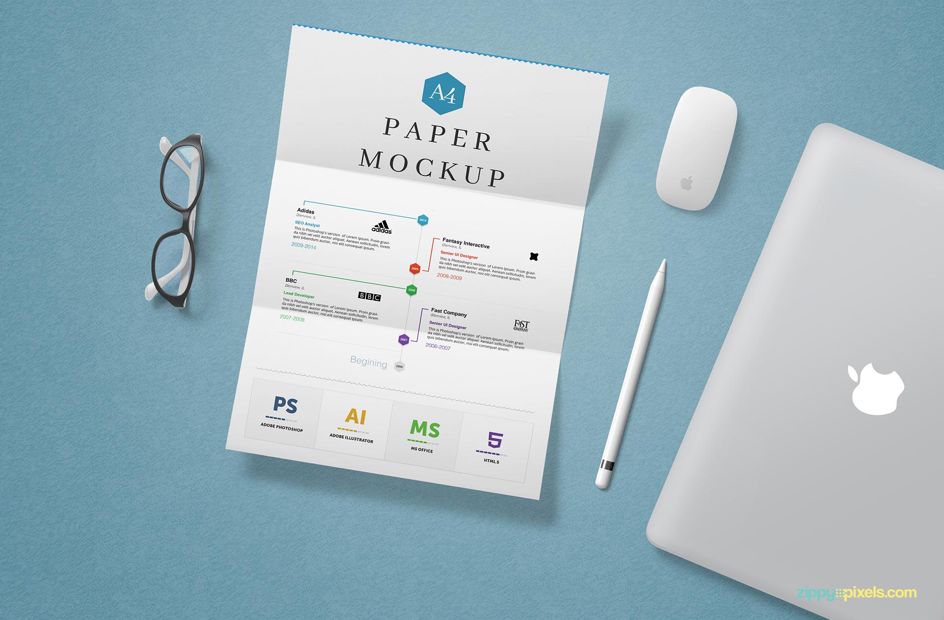 Free letter mockup PSD.