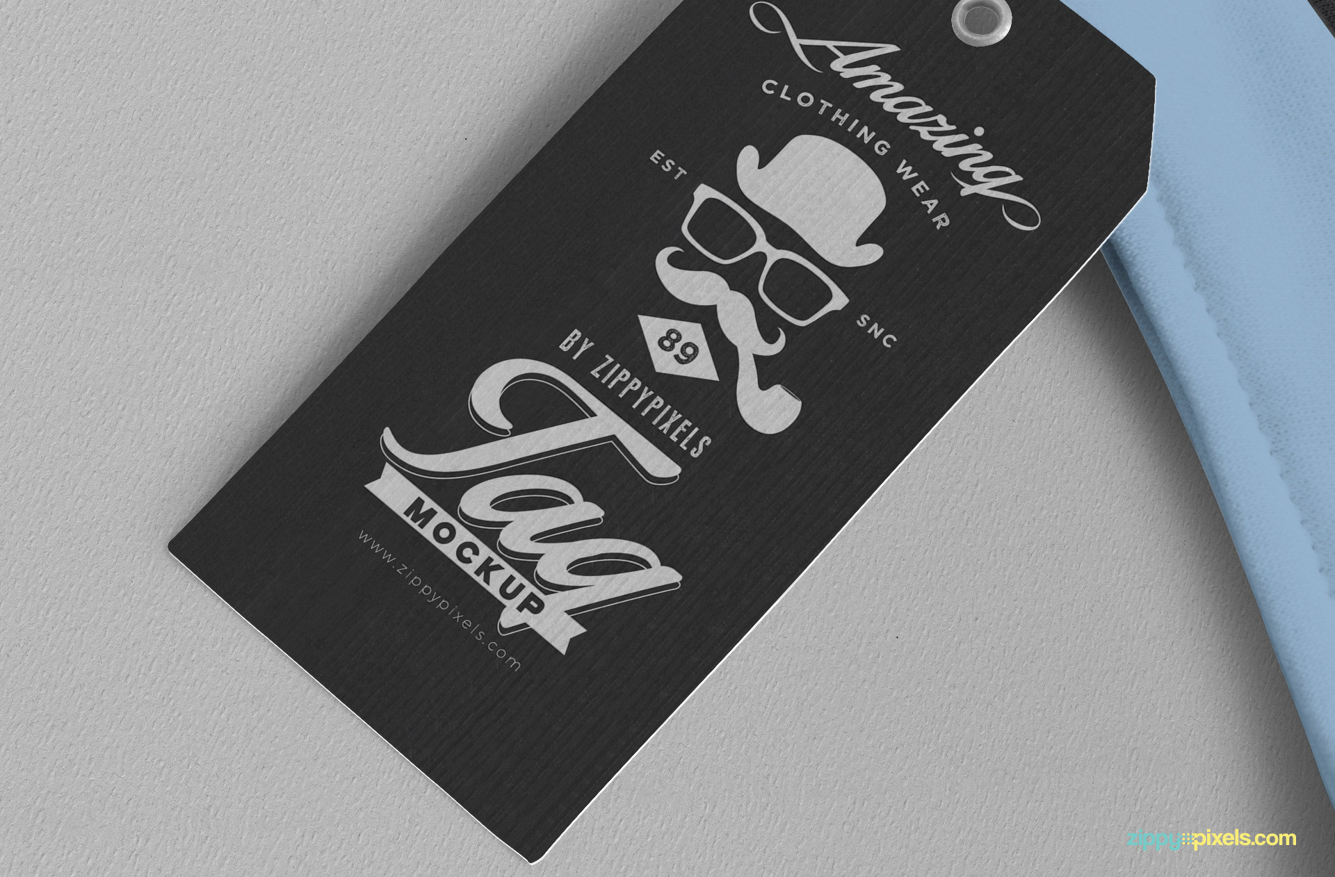 Free clothing tag mockup.