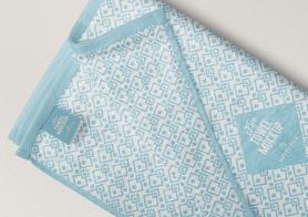 Free Elegant Full Towel Mockup