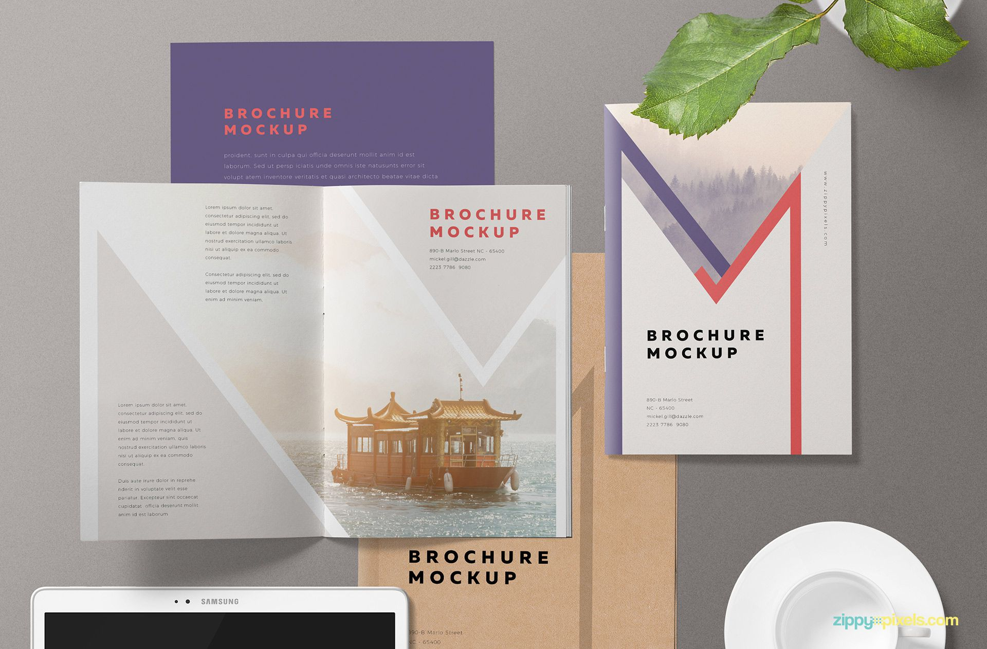 Fully customizable brochure mockup scene.